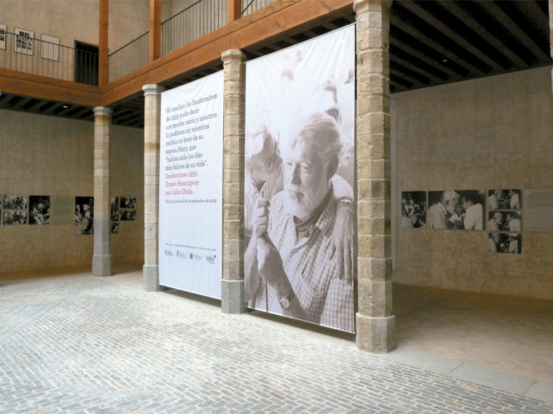 Exposición «Sanfermines 1959: Ernest Hemingway por Julio Ubiña»